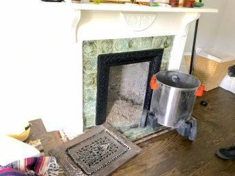 CHIMNEY/FIREPLACE  CLEANING
